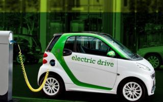 Ўзбекистонга январь—август ойларида қанча электромобиль олиб келингани маълум қилинди