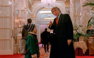 «Ягона шарти бор». Дональд Трамп «Уйда ёлғиз 2» фильмида қандай пайдо бўлиб қолгани маълум бўлди
