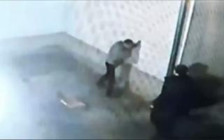 Самарқандда икки йигит тенгдошини калтаклагани айтилган хабар юзасидан маълумот берилди — видео