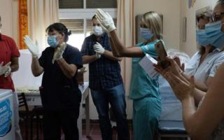 Аргентинада аҳолини Россиянинг «Спутник V» вакцинаси билан эмлаш бошланди