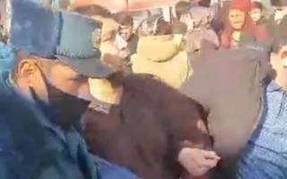Сурхондарёда ИИБ ходимлари томонидан мажбуран олиб кетилган фуқаро иши бўйича маълумот берилди — видео