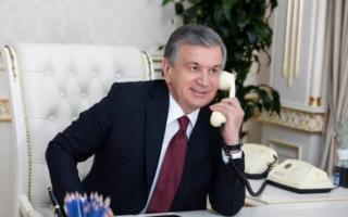 Шавкат Мирзиёев Қирғизистон президенти вазифасини бажарувчиси Талант Мамитов билан телефон орқали мулоқот қилди