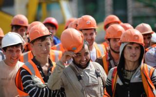 Ўзбекистоннинг расмий меҳнат мигрантлари сони маълум бўлди