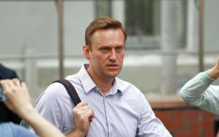 Алексей Навалнийни даволаган шифокор вафот этди