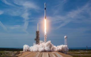 SpaceX навбатдаги сунъий йўлдошни фазога учирди